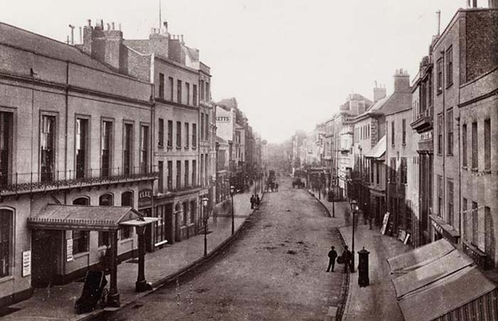 Image of wartime Cheltenham
